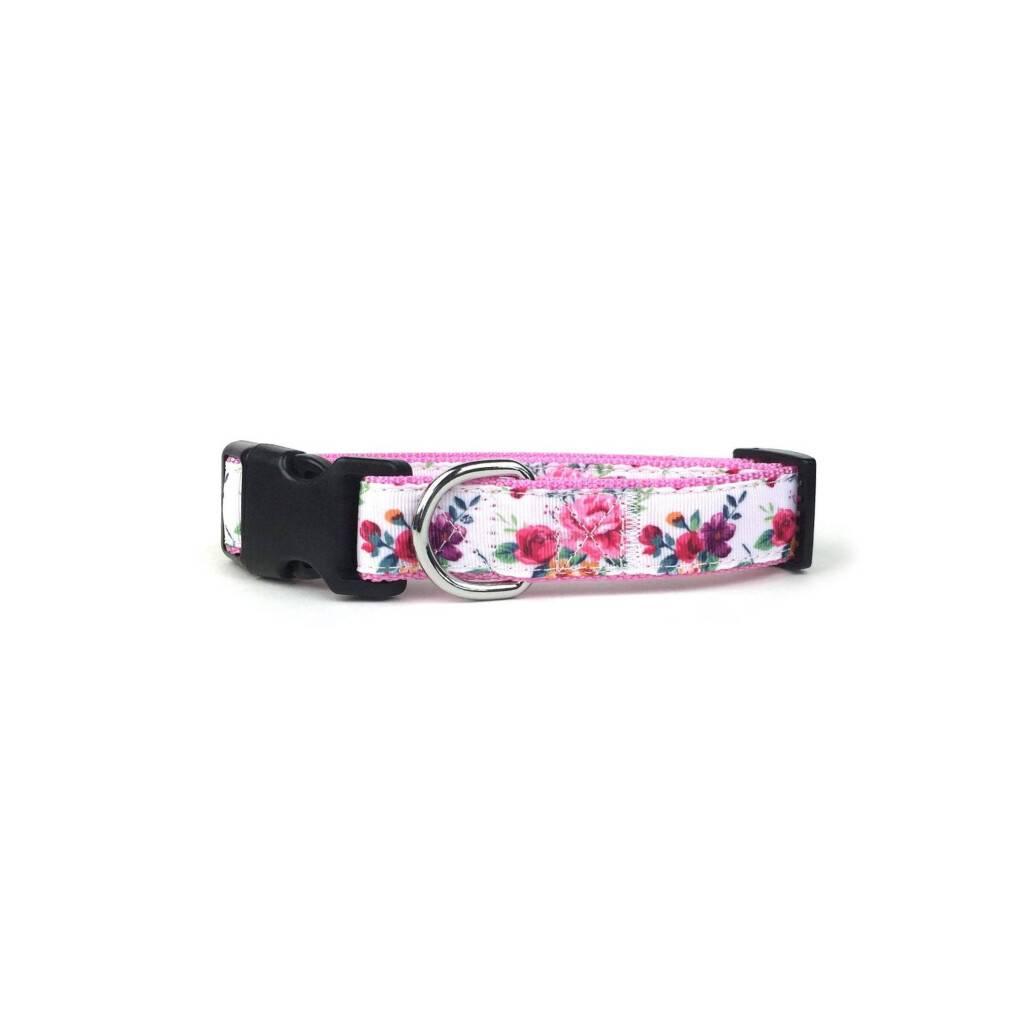 Rose Floral Dog Collar https://glammepet.com